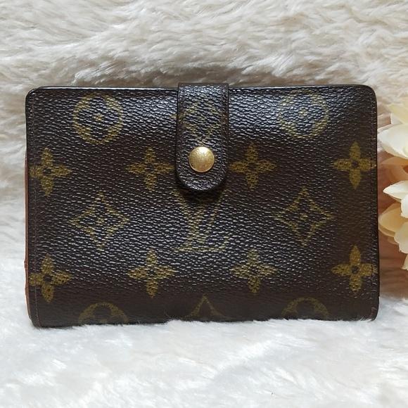 27d899c1442d Louis Vuitton Handbags - Louis Vuitton French Purse Wallet Monogram